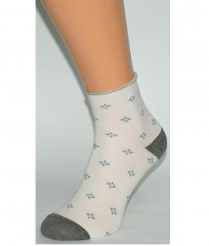 Dámské vzorované netlačící ponožky Bratex Ona Classic 0136  krémová 39-41