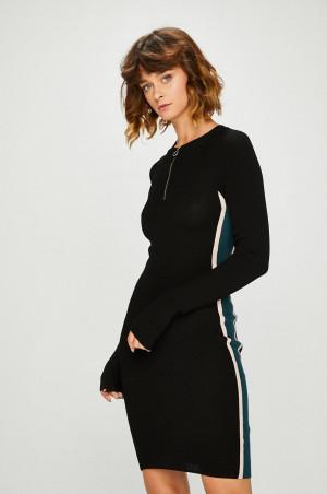 Review - Šaty