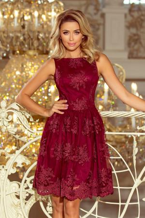 Exkluzivní dámské rozšířené šaty v bordó barvě s výšivkou 173-2