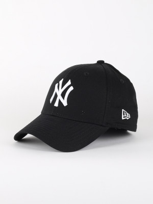 Kšiltovka New Era 3930 MLB League Basic NEYYAN Barevná