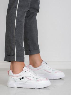Moderní  tenisky bílé dámské bez podpatku