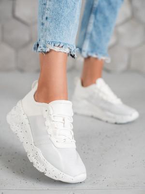 Výborné  tenisky bílé dámské bez podpatku