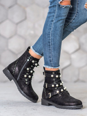 Exkluzívní černé dámské  kotníčkové boty na plochém podpatku