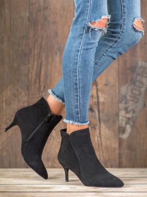 Trendy  kotníčkové boty černé dámské na jehlovém podpatku