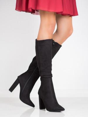 Výborné černé  kozačky dámské na širokém podpatku
