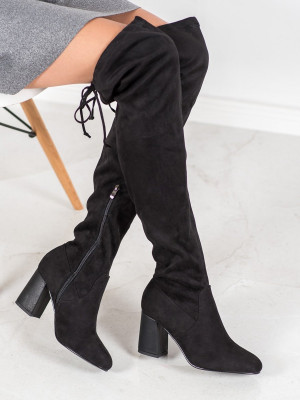 Módní dámské  kozačky černé na širokém podpatku