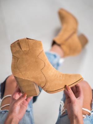 Stylové dámské hnědé  kotníčkové boty na širokém podpatku