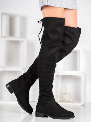Exkluzívní  kozačky dámské černé na plochém podpatku