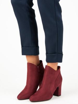 Exkluzívní červené dámské  kotníčkové boty na širokém podpatku