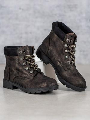 Praktické hnědé  kotníčkové boty dámské na plochém podpatku