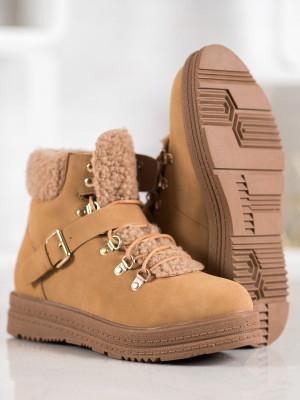 Pěkné  kotníčkové boty hnědé dámské na plochém podpatku
