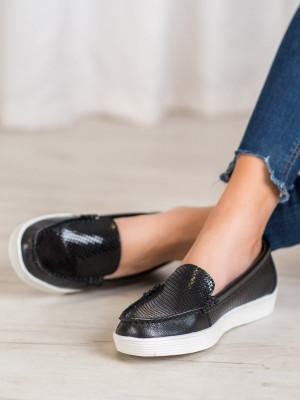 Moderní černé dámské  mokasíny bez podpatku