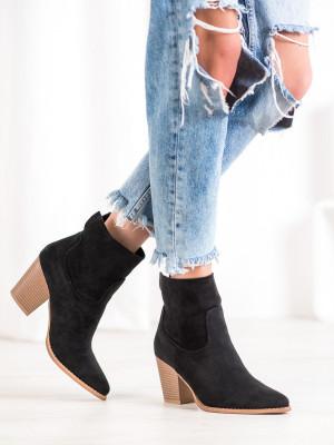 Jedinečné  kotníčkové boty černé dámské na širokém podpatku