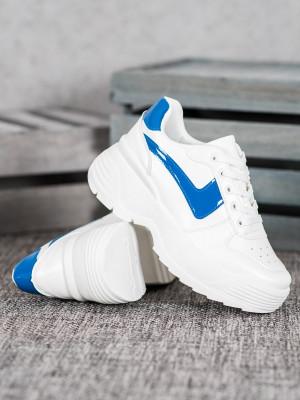 Zajímavé dámské  tenisky bílé bez podpatku