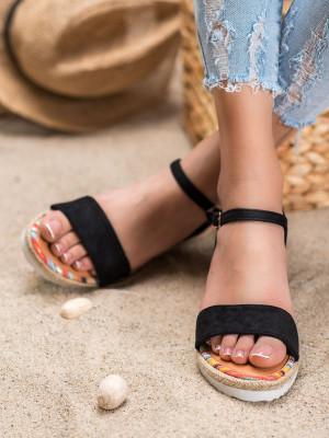 Designové  sandály černé dámské na klínku