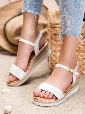 Originální bílé  sandály dámské na klínku