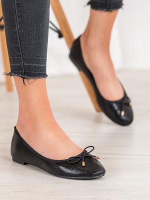 Praktické dámské  baleríny černé bez podpatku