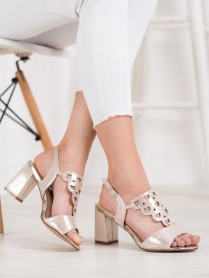 Komfortní  sandály zlaté dámské na širokém podpatku