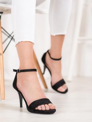 Pěkné  sandály černé dámské na jehlovém podpatku