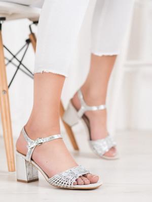 Klasické dámské  sandály šedo-stříbrné na širokém podpatku