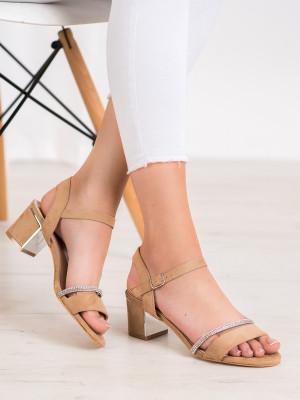 Moderní dámské hnědé  sandály na širokém podpatku