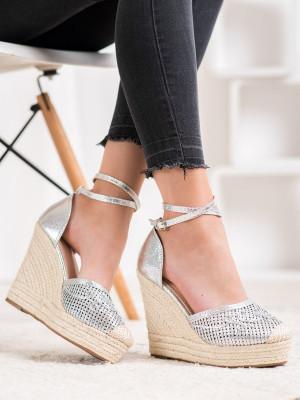 Trendy dámské  lodičky šedo-stříbrné na klínku
