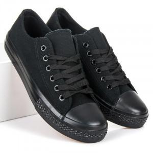 Klasické černé tenisky v retro designu