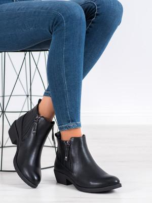 Originální dámské  kotníčkové boty černé na plochém podpatku