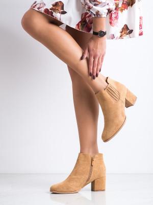Moderní  kotníčkové boty dámské hnědé na širokém podpatku
