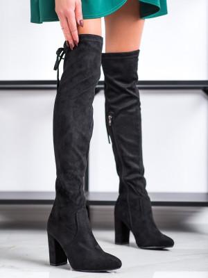 Exkluzívní dámské černé  kozačky na širokém podpatku