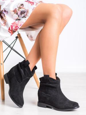 Jedinečné dámské  kotníčkové boty černé na klínku