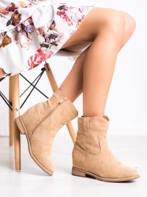 Luxusní hnědé dámské  kotníčkové boty na klínku
