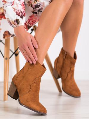 Klasické dámské  kotníčkové boty hnědé na širokém podpatku