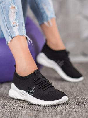Jedinečné  tenisky černé dámské bez podpatku