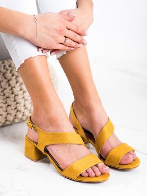 Originální dámské zlaté  sandály na širokém podpatku