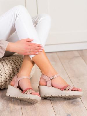 Jedinečné růžové  sandály dámské na klínku