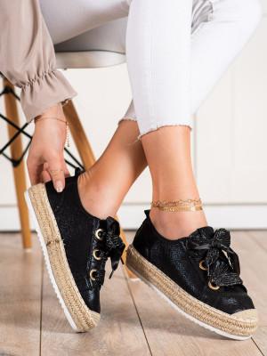 Stylové černé  tenisky dámské bez podpatku