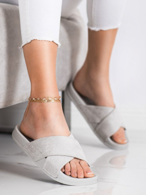 Výborné šedo-stříbrné dámské  nazouváky bez podpatku