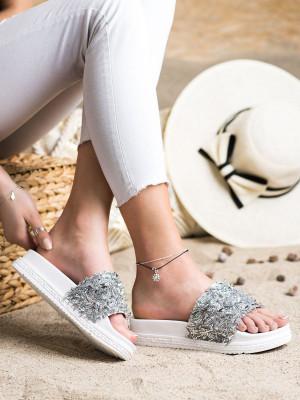Trendy dámské  nazouváky bílé bez podpatku