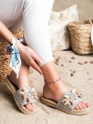 Zajímavé  nazouváky šedo-stříbrné dámské bez podpatku
