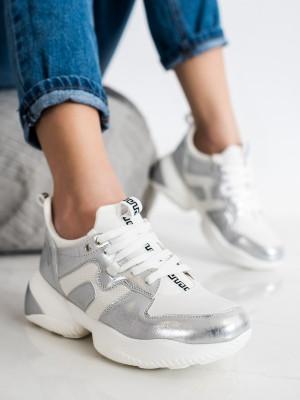 Krásné dámské  tenisky bílé bez podpatku