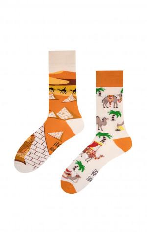 Nepárové ponožky Spox Sox Velbloudi z Egyptu 36-46 vícebarevný 36-39