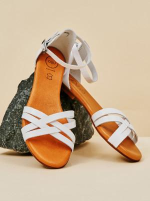 OJJU bílé kožené sandály -