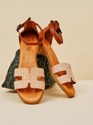 OJJU světle růžové kožené sandály -