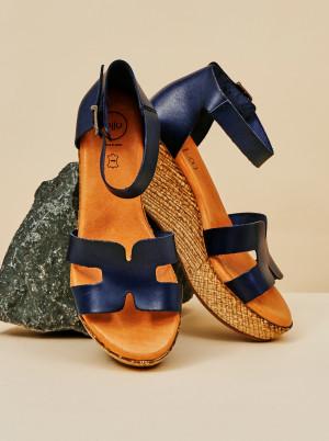 OJJU tmavě modré kožené sandály na klínku -