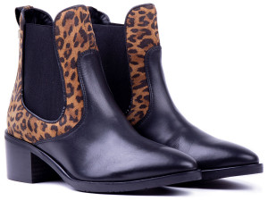 Tommy Hilfiger černé kotníkové kozačky Leo Print Che s leopardím vzorem -
