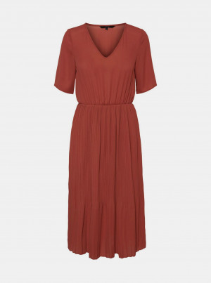 Hnědé midišaty s plisovanou sukní VERO MODA Malou