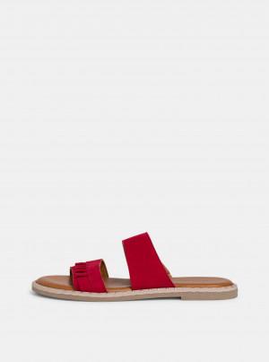 Červené semišové pantofle Tamaris -