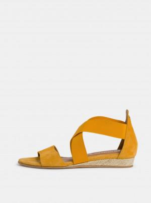 Tamaris žluté semišové sandály -