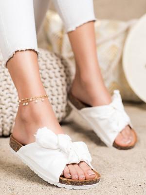 Výborné bílé  nazouváky dámské bez podpatku